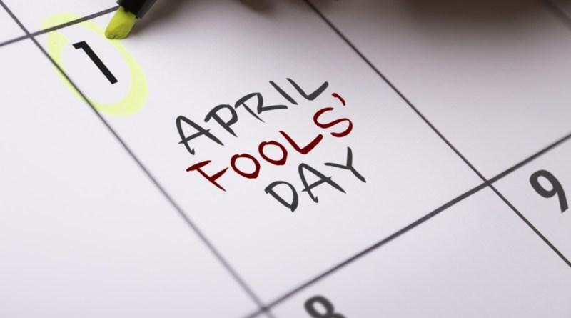 Calendário marcando o dia 1º de abril.