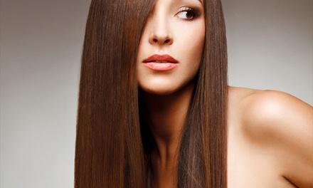 Encantos Hair – Praia de Iracema: selagem e escova modeladora (opção com corte e manicure)