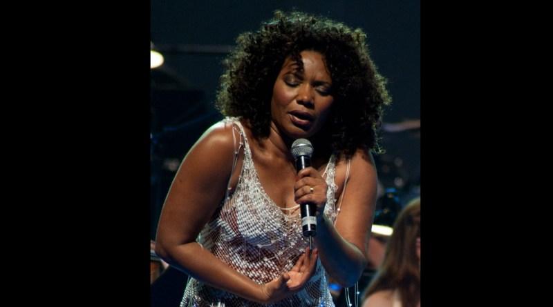Margareth Menezes gives concert in Paris
