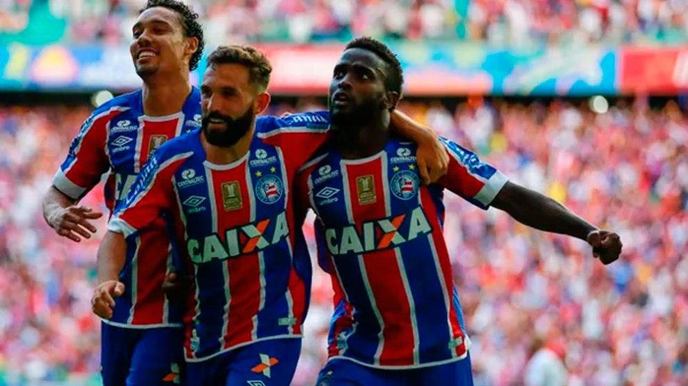 Bahia ganha clássico e complica o Vitória no Brasileirão