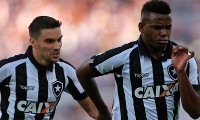 Botafogo vence na Ilha do Retiro e empurra Sport para o Z-4