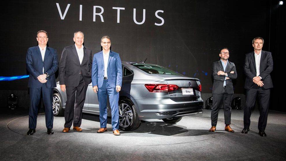 Volkswagen Virtus é revelado no Brasil; vendas começam em janeiro