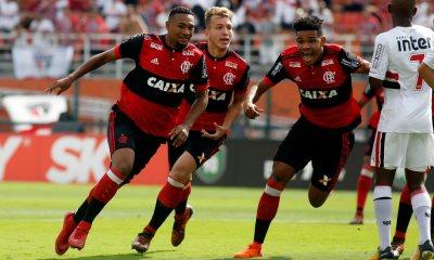 Com gol no início, Flamengo é tetra da Copinha