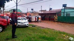 Carro da PM tomba em Taguatinga durante perseguição a suposto carro clonado