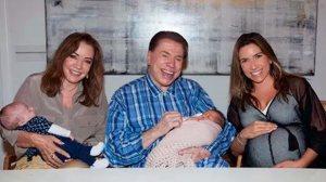 Orgulhoso, Silvio Santos paparica sua neta número 10