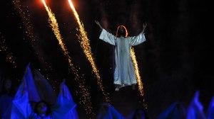 Show pirotécnico surpreende 40 mil espectadores no Morro da Capelinha