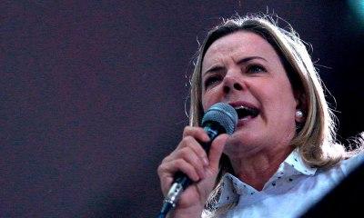 """Gleisi Hoffmann afirma que Brasil é """"bucha de canhão"""" dos Estados Unidos e crise na Venezuela é fabricada"""