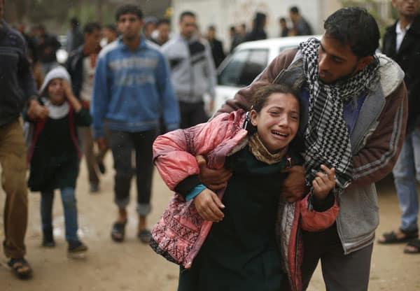 Vídeo: Israel mata 25 em Gaza e Hamas revida com chuva de foguetes