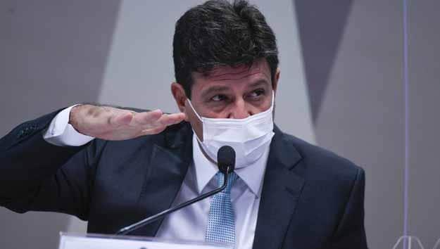 Mandetta diz que Paulo Guedes é 'desonesto' e pequeno para o cargo