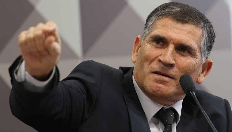 General Santos Cruz: Polarização Bolsonaro x Lula não interessa ao país