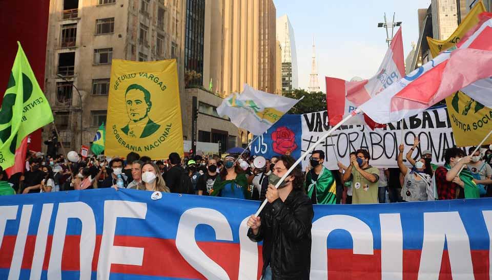 Antonio Neto e Amanda Salgado: Um resgate para passar o Brasil a limpo