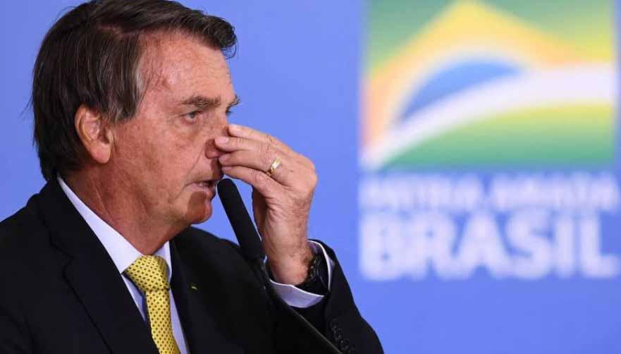 Pela 1ª vez, maioria dos brasileiros quer impeachment de Bolsonaro