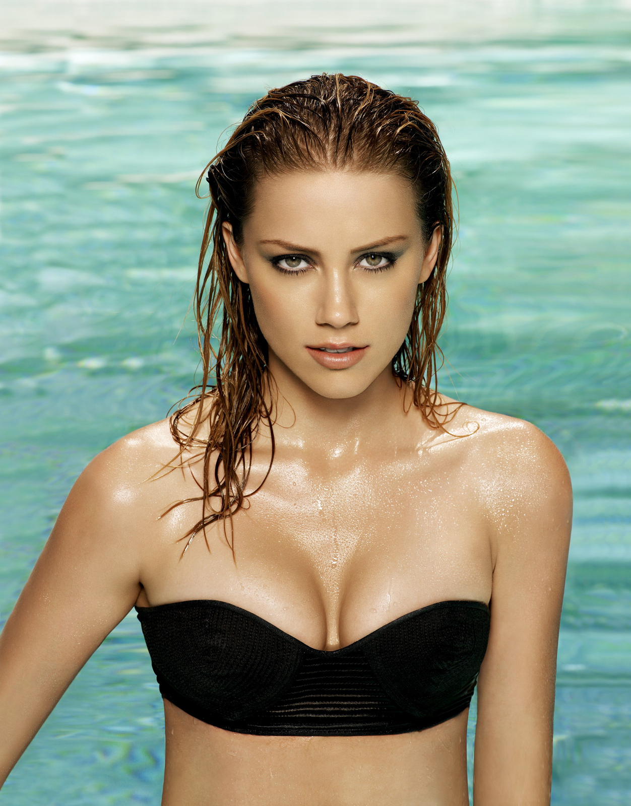 Amber Heard Body Measurements and Net Worth - Celebrity ...