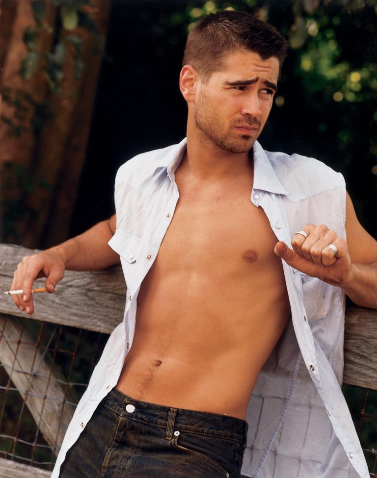 Colin Farrell Chest and Biceps Size