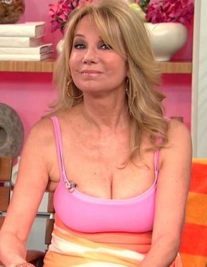 Kathie Lee Gifford Bra Size