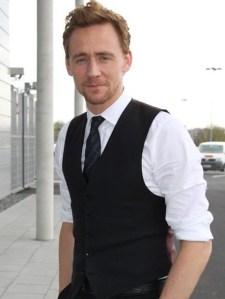 Tom Hiddleston Biceps Size