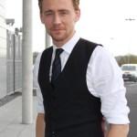 Tom Hiddleston Body Measurements and Net Worth