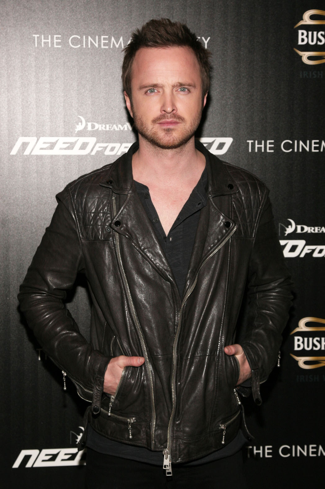 Aaron Paul Biceps Size