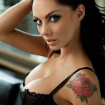 Jessica Jane Clement Body Measurements and Net Worth