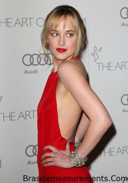 Dakota Johnson Bra Size - Celebrity Bra Size, Body ...
