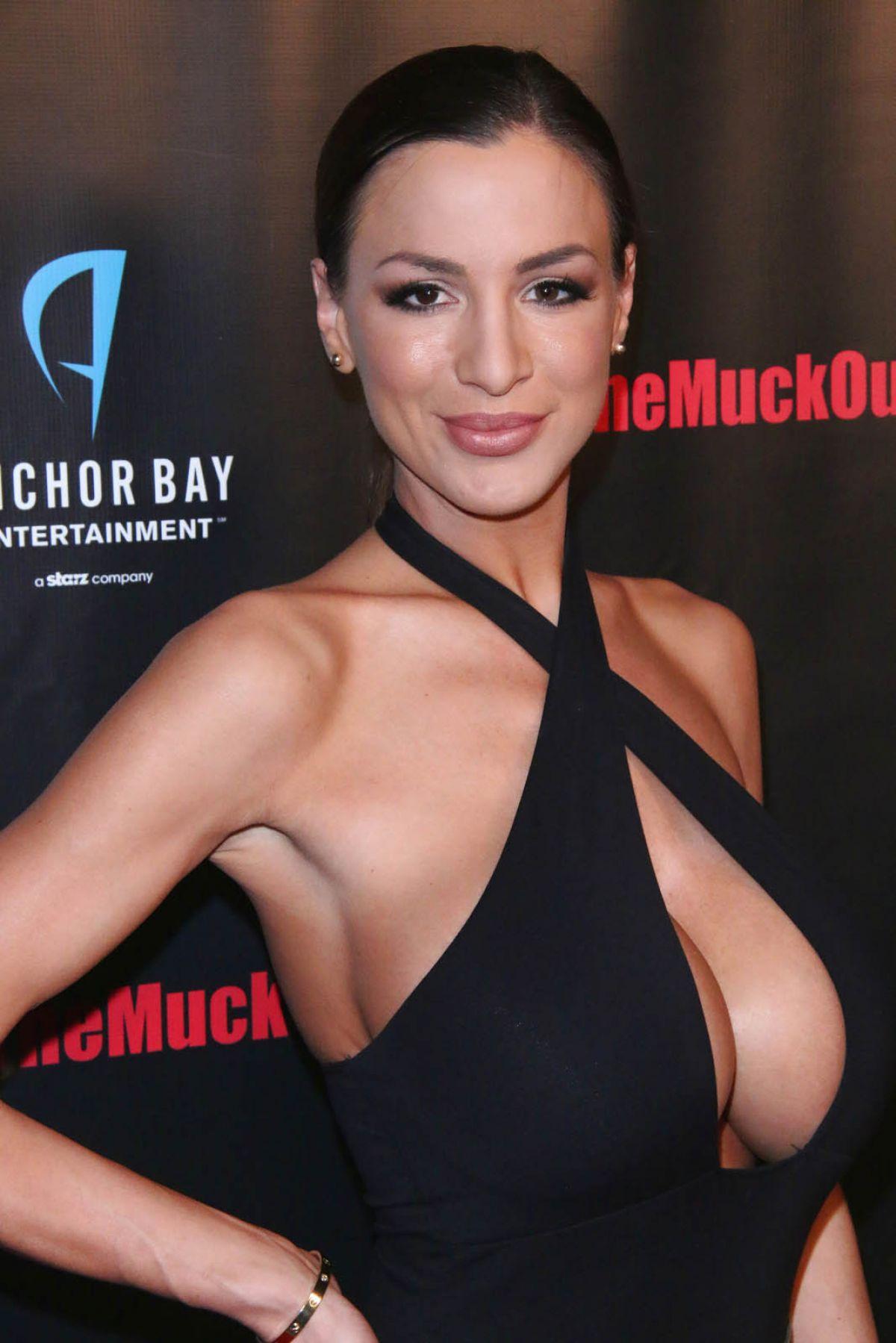 Jackie Michele Johnson Nude Photos 35
