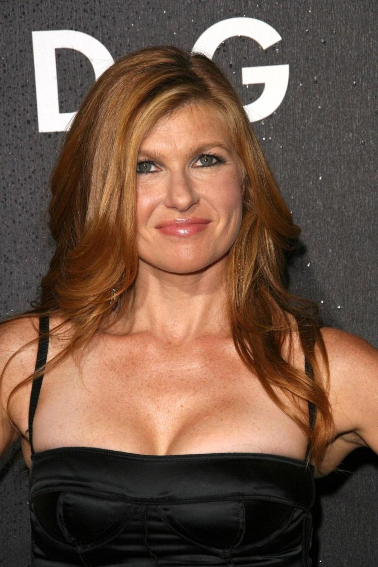 Connie Britton Bra Size