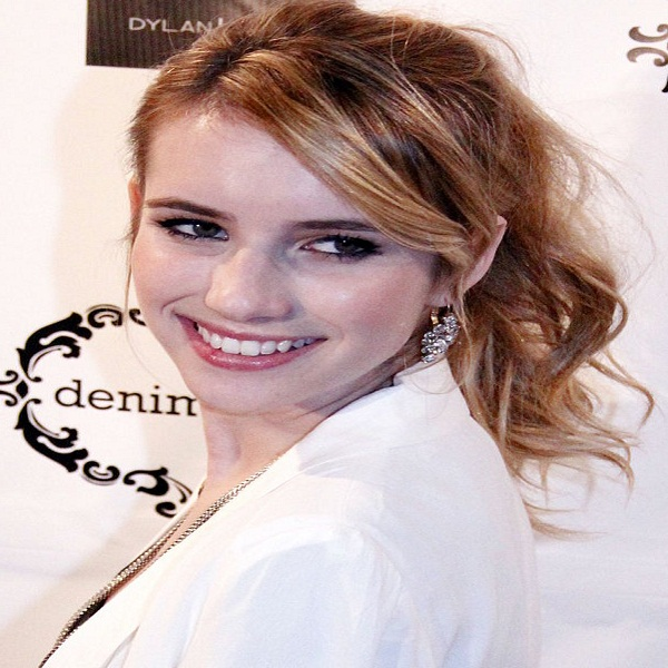 Emma Roberts Bra Size Measurements