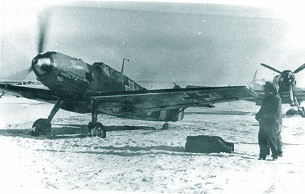 Ileana, one of the Romanian versions for Helen, eager to go out on a date with Ion Mucenica (Fighter Group 7) over Stalingrad.