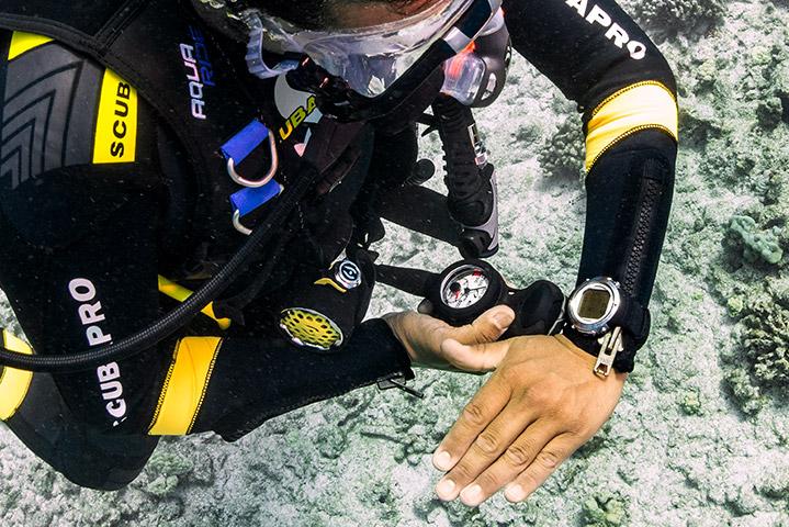 Underwater Navigator (Photo Credit - PADI)