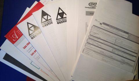Tous les documents du SPI : un condensé de tout ce qu'il y a à retenir, des adresses et numéros importants et des exemples fort utiles de facturesetdevis. Un beau paquet de 600g tout de même ^^