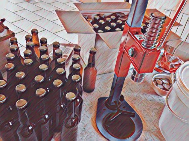 Embouteillage manuel de la première bière artisanale de la micro-brasserie du Vallon