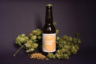 Douceur dorée photo étiquettes bière artisanale avec malt et houblon Micro-Brasserie du Vallon Alsace