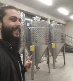 Cuves de fermentation neuves ... avec supplément brasseur heureux !