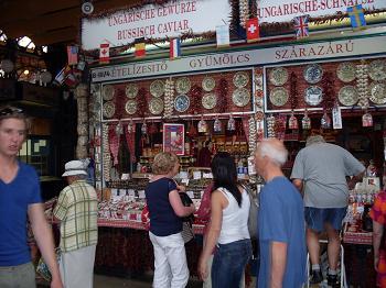 Budapeste: visite o Mercado Municial e reserve quatro dias para conhecer a cidade