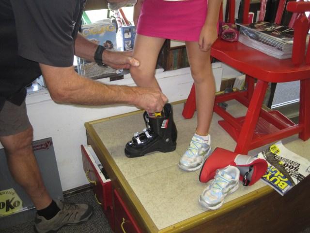 fitting kids ski boots