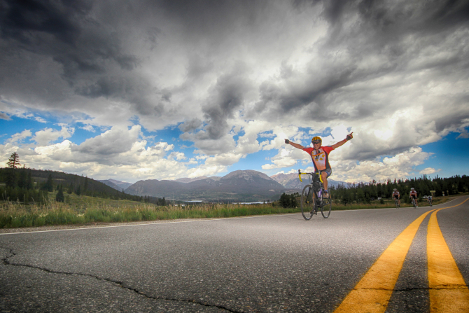 You can now cycle between Denver Glenwood Springs without