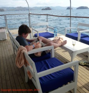 reading at sea costa rica