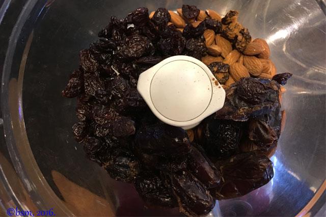 energy balls cherry almond date