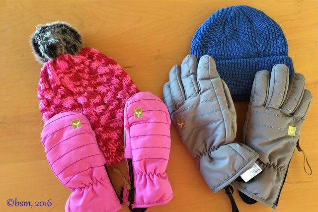 kushi riki mittens gloves and beanies