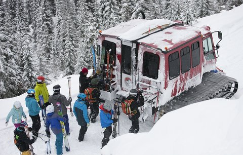 backcountry cat skiing great northern powder guides