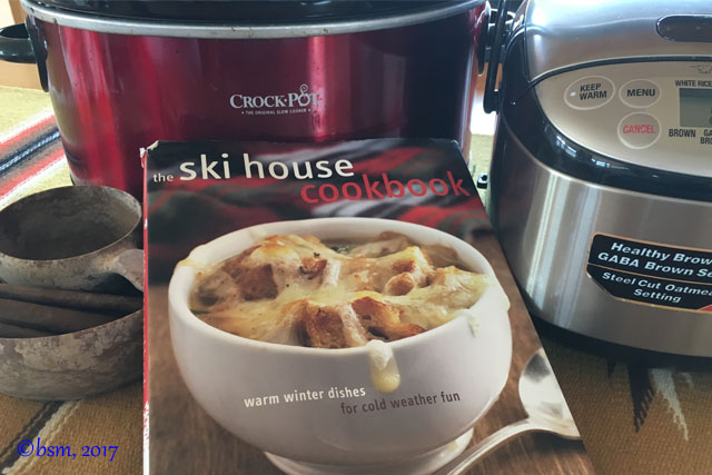 indispensable-tools-for-cooking-on-a-ski-trip
