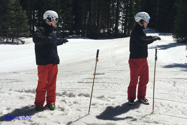 mid-and-low-back-skiing-stretches