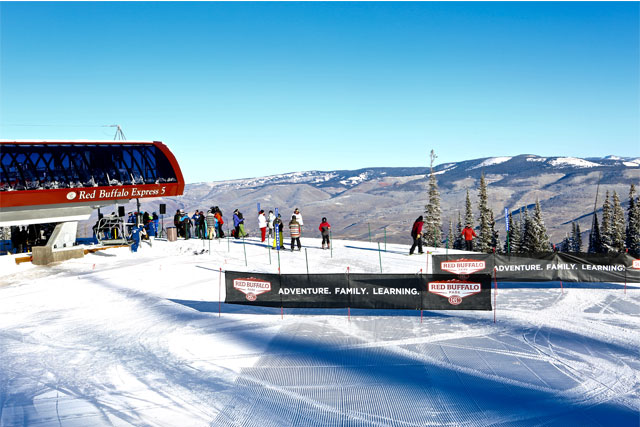 red-buffalo-express-chairlift-beaver-creek