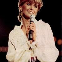 Olivia Newton-John 1982