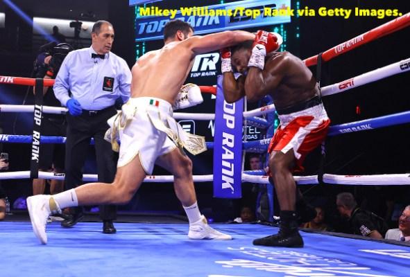 Guido_Vianello_vs_Marlon_Williams_action2