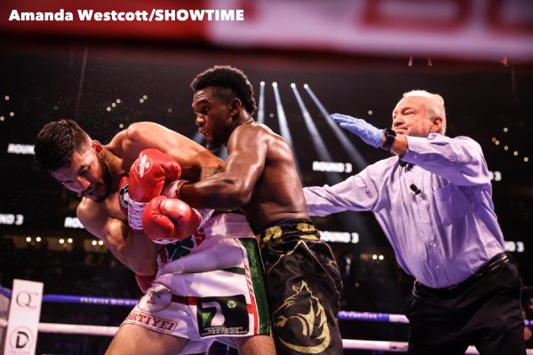 SHO-Davis-Barrios-PPV-Atlanta-Fight-Night-WESTCOTT-45