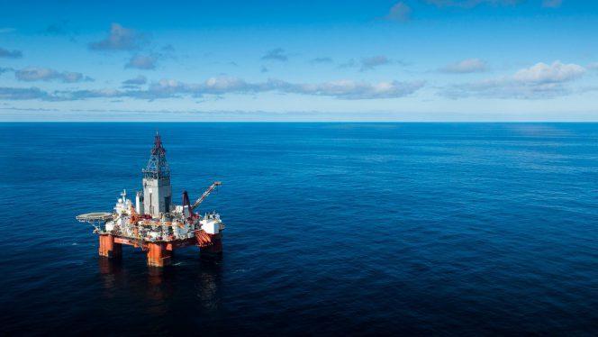 he-west-hercules-drilling-rig-in-the-barents-sea-photo-ole-jorgen-bratland-664x374-664x374