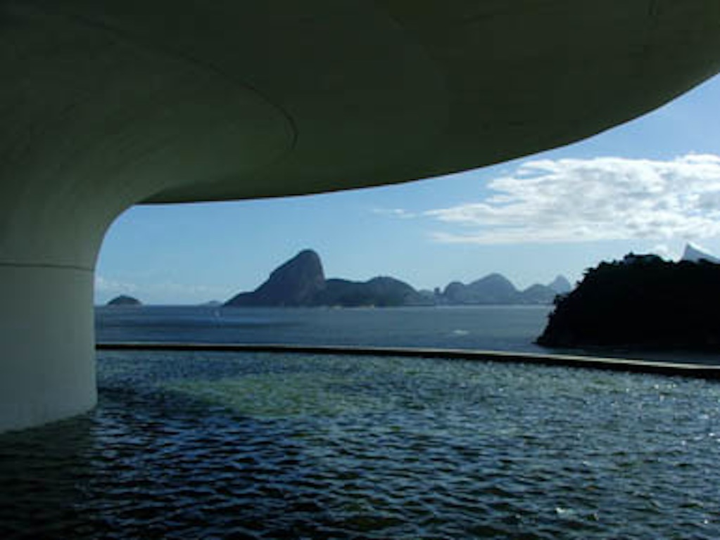 MAC Niteroi R.J. Brazil per www.brazilfilms.com a film production services