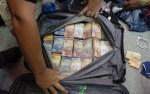 巴伊亞州男子提錢袋上飛機被捕