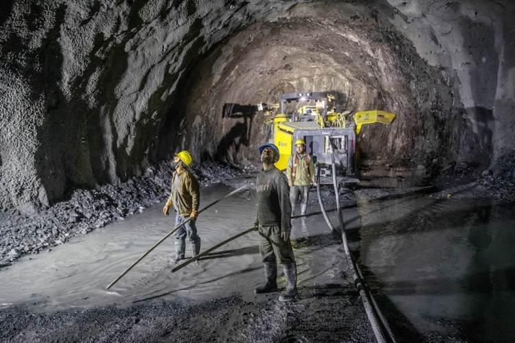 印度打造連通拉達克及克什米爾的隧道。